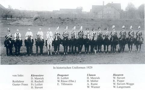 Historische Reiteruniformen 1929